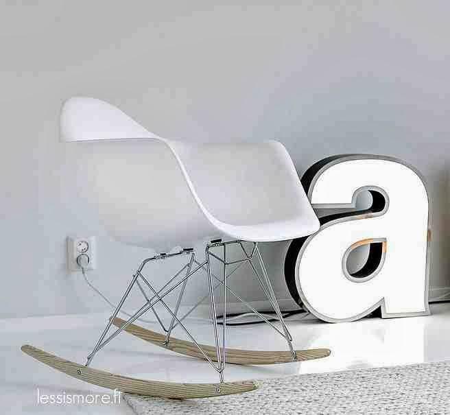 White Rocker Eames Chair bujane krzesło skandynawskie