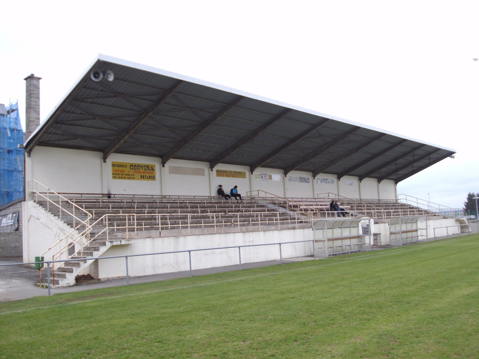 Extreme football tourism luxembourg fc rodange 91 for Cdc luxembourg