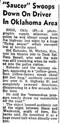Saucer Swoops at Car - Daily Herald (Biloxi, MS) 7-30-1952
