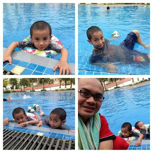 Mandi kolam renang bersama anak-anak di kediaman
