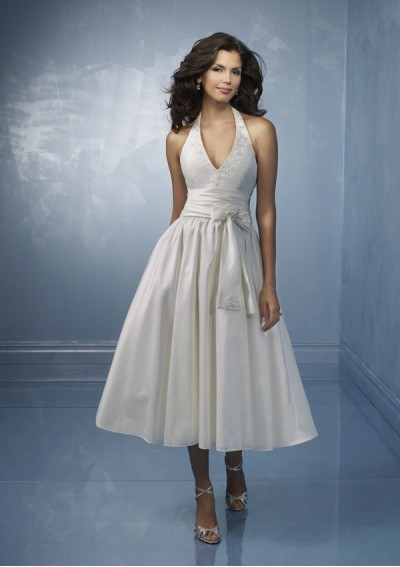 Wedding Dresses  Petite Women on Short Halter Wedding Dress   Wedding Dress Lempong