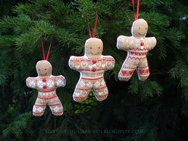 """Вышивка по схеме из журнала """"Cross Stitcher"""" - """"Ginger men""""/""""Имбирные (пряничные) человечки"""" - украшение на ёлку - подвески - новогодние игрушки"""