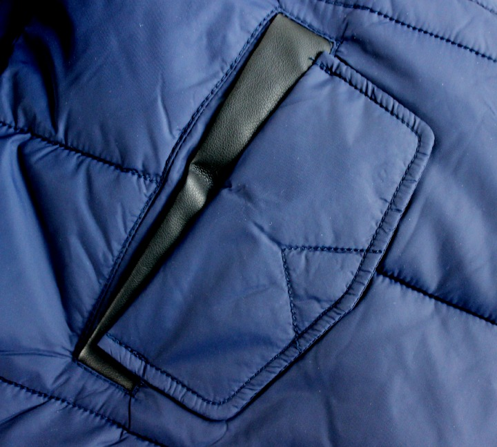 Ichi Ramblin' Glam Coat in blue pocket detail