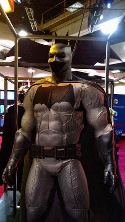 gray Batman suit Ben Affleck Comic-Con 2014
