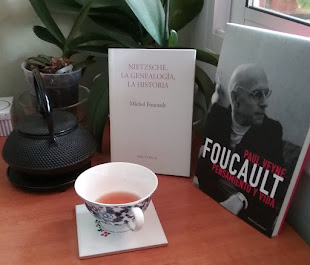LEO A (Y SOBRE) MICHEL FOUCAULT