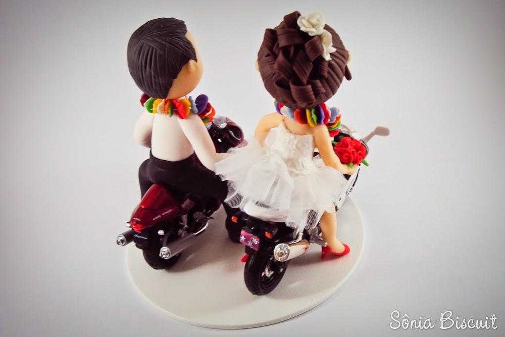 Noivinhos Havaianos na Moto Biscuit