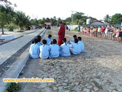Encenação realizada pelos alunos da E.E.F. Manoel José da Silva