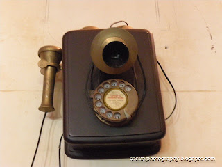 Getting-Nostalgic-Old-Model-Telephone