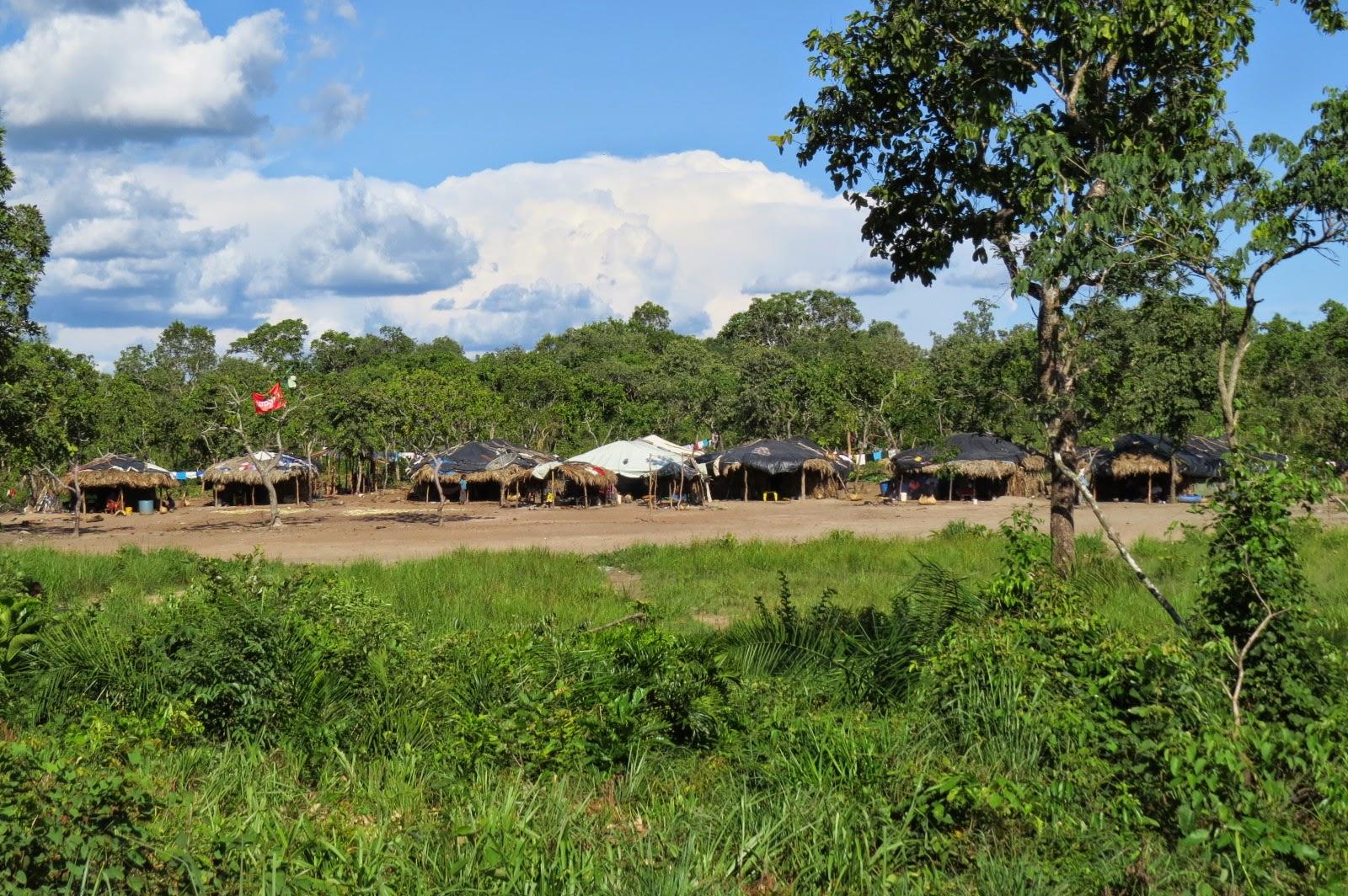 Município de Água Boa terá mais uma aldeia indígena; 80 índios já estão acampados esperando a prefeitura abrir a estrada