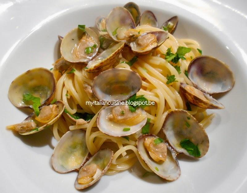 My italian cuisine spaghetti alle vongole spaghetti - Italian cuisine pasta ...