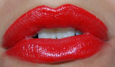 Tips Make Up daerah sekitar Bibir