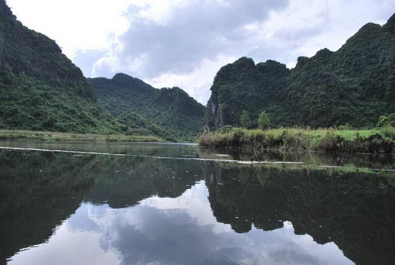 Tham quan thắng cảnh Tràng An, Ninh Bình