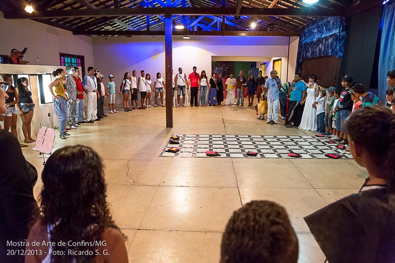 """II Mostra de Arte de Confins """"A Cidade e a Família"""""""