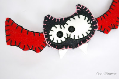 Bat vampire brooch - vampire chauve souris broche par cocoflower