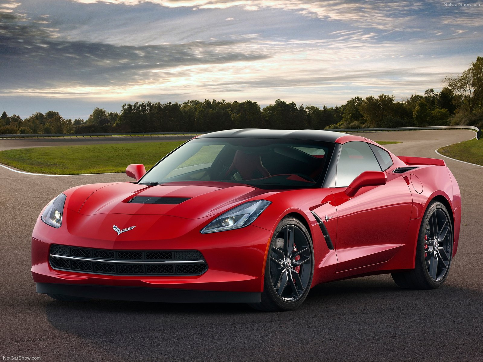 http://4.bp.blogspot.com/-EhxXKztO4LQ/UPToLNmT3EI/AAAAAAAABHg/VJe0V9iVGrI/s1600/Chevrolet-Corvette_C7_Stingray_2014_1600x1200_wallpaper_03.jpg