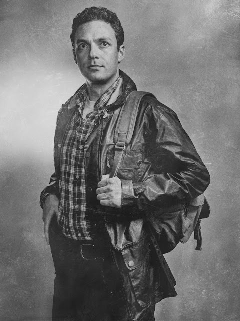 Ross Marquand como Aaron – The Walking Dead _ sexta temporada, Silver Portraits – Photo Credit: Frank Ockenfels 3/AMC