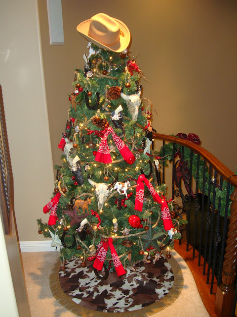 Christmas Tree Put Up