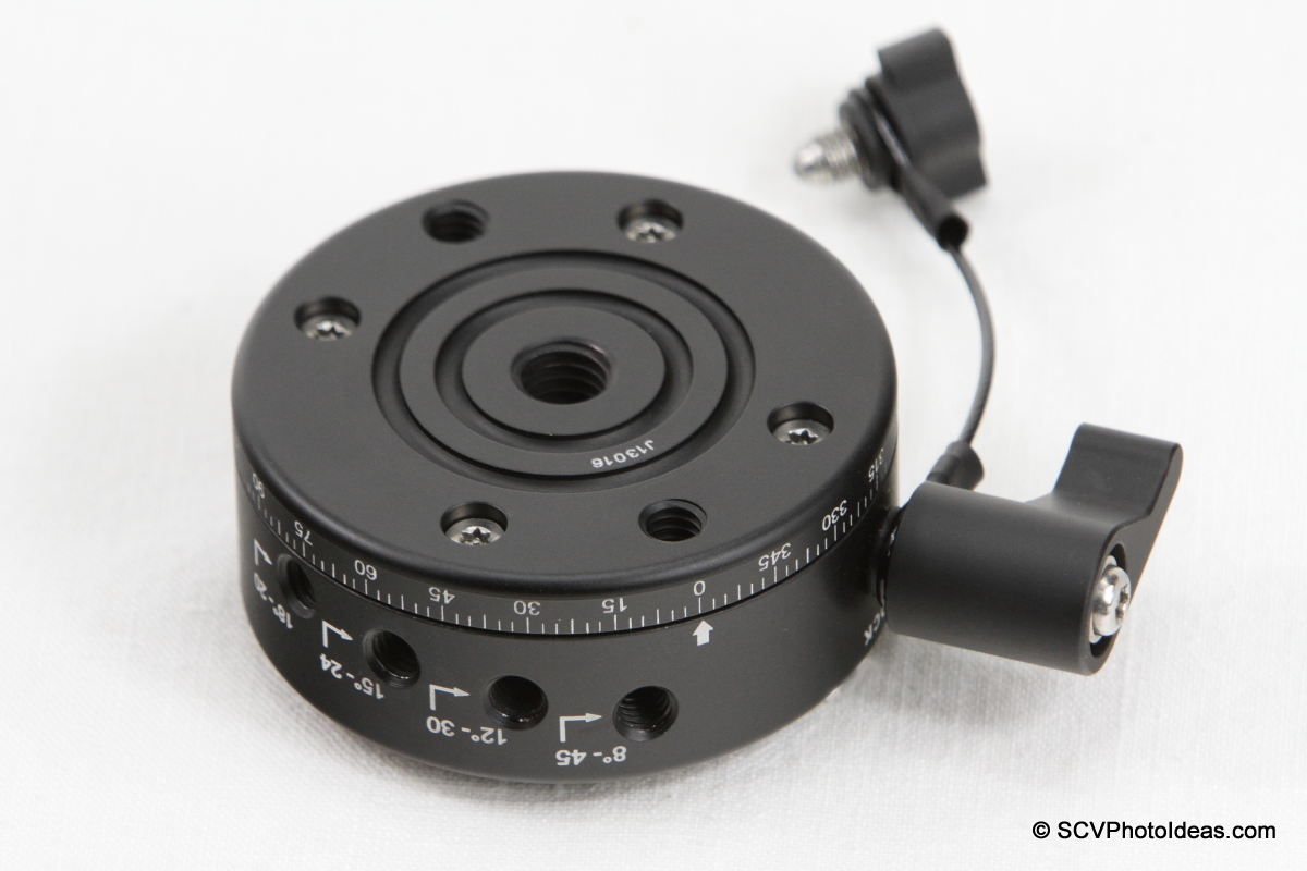 Sunwayfoto DDP-64S PIR bottom mounting holes view