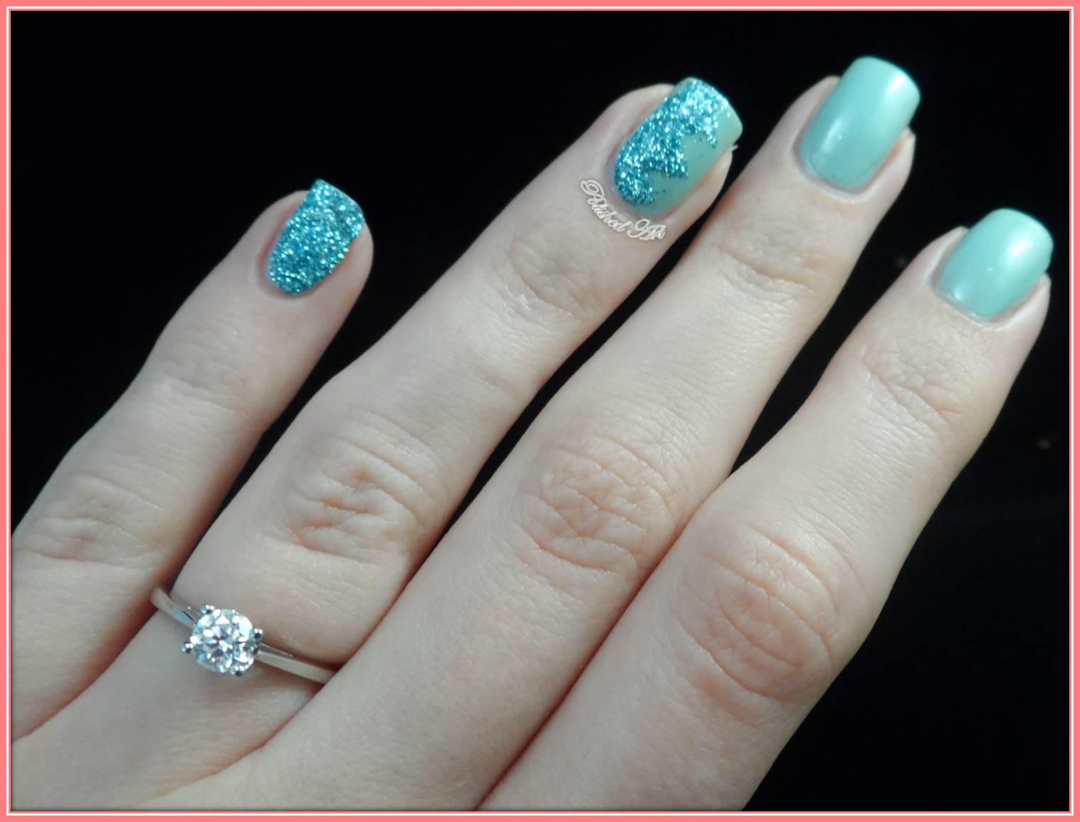 Polished art zig zag glitter zig zag nail art viva la nails glitter prinsesfo Images