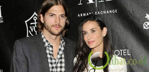 Ashton Kutcher - Demi Moore