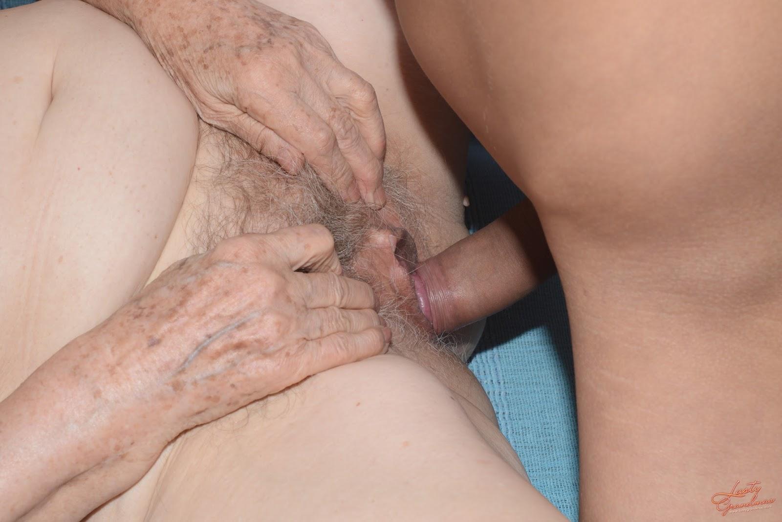 Girl spank nude