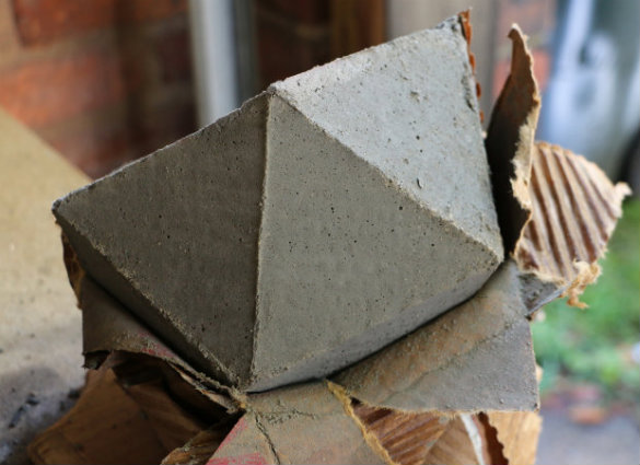 Over On Ehow Diy Geometric Concrete Bookends 17 Apart