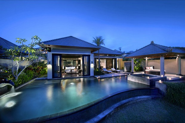 Passion for luxury banyan tree ungasan in bali indonesia for Luxury resorts in bali indonesia