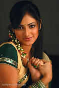 Hari Priya in Half Saree Photo Stills in Pilla Zamindar-thumbnail-9