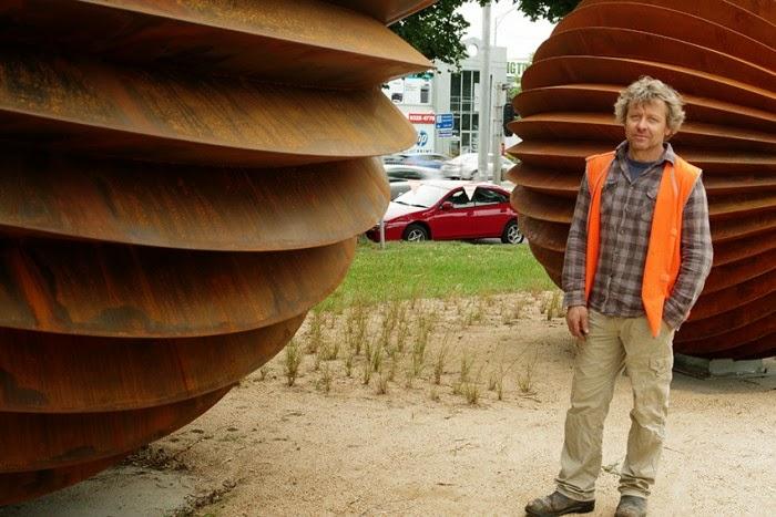 Sculpture Matthew Harding; Corten sculpture Matthew Harding; Public Sculpture Matthew Harding