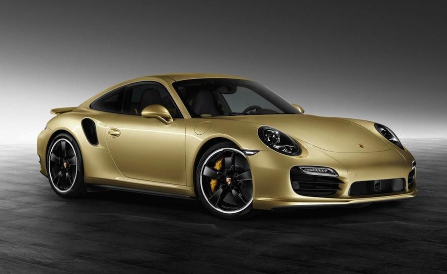 ポルシェがライムゴールドの「911ターボ」特注モデルを公開