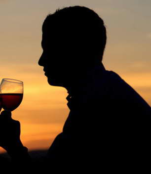 [Image: sunset-wine-couple.jpg]