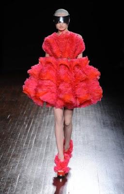 abito da sposa rosso corto