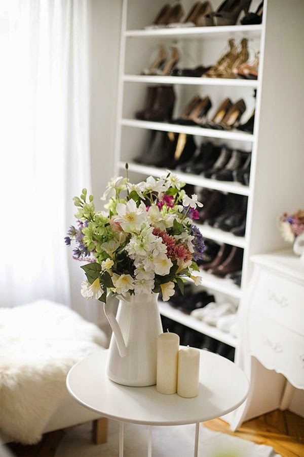 vestidor blanco de ikea con zapatero