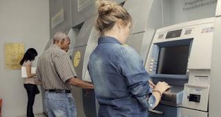 INSS: Governo atrasa primeira parcela do 13º salário de aposentados