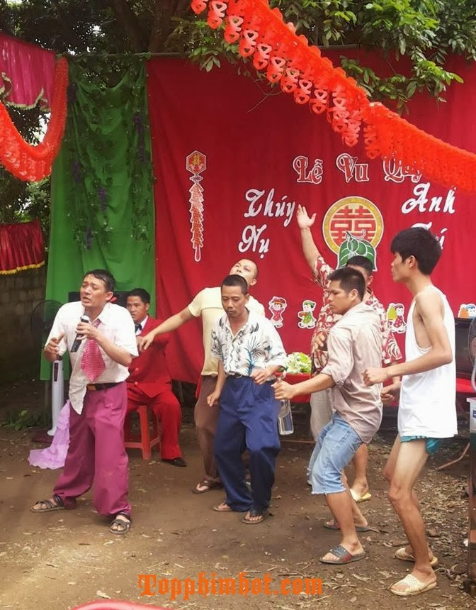 Hài Tết 2014: Làng Ế Vợ - Chiến Thắng - Hsi Tet 2014: Lang E Vo