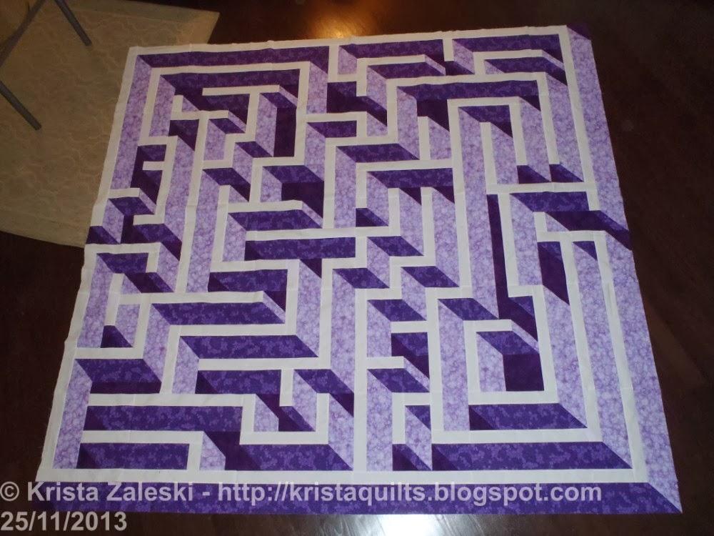 Krista Quilts: Design Wall Monday - Nov 25 : labyrinth quilt pattern - Adamdwight.com