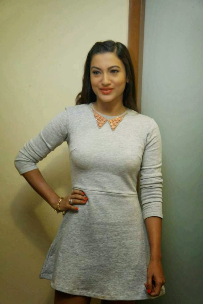 gauhar khan milky legs show photos