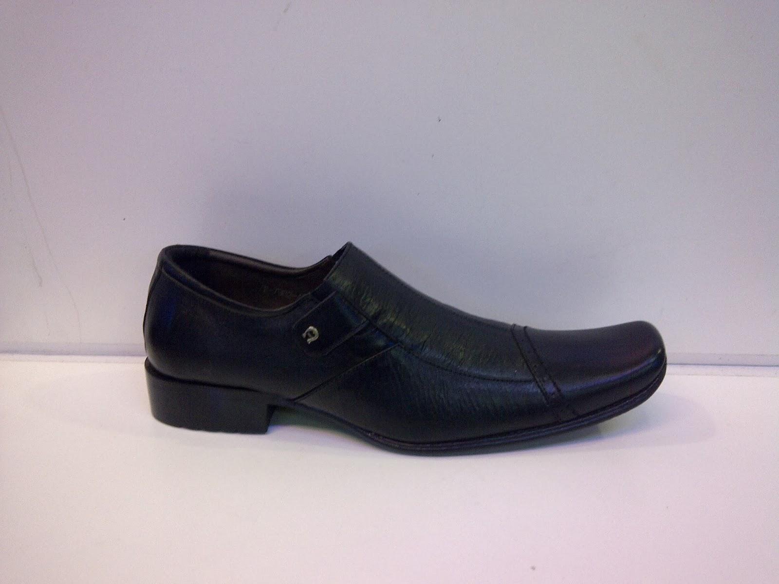Sepatu Pantofel Aigner grosir murah