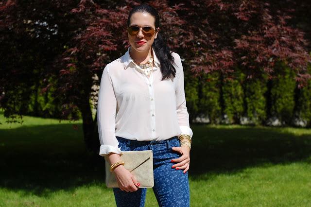 Old Navy floral jeans,Forever 21 creme blouse,Gold Gap clutch,Sam Edelman heels