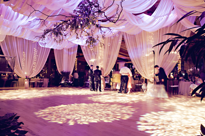 Fabulous drapery ideas for weddings part 2 belle the for Ball room decoration