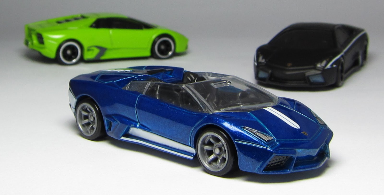 car lamley group models of the day hot wheels speed machines lamborghini re. Black Bedroom Furniture Sets. Home Design Ideas