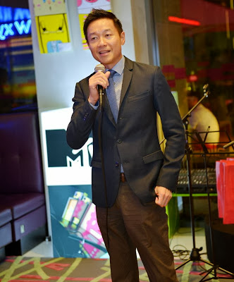 Live at Aloft Hotels, MTV Asia, 2013 MTV EMA, Aloft Hotels, live music, local music talent, entertainment, The Light Fantastic, Vincent Ong, Senior Brand Director, Asia Pacific, Brand Management,  Starwood Hotels & Resorts