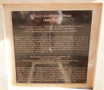 Plaque on Base  of Paderewski In Paso Robles City Park, © B. Radisavljevic