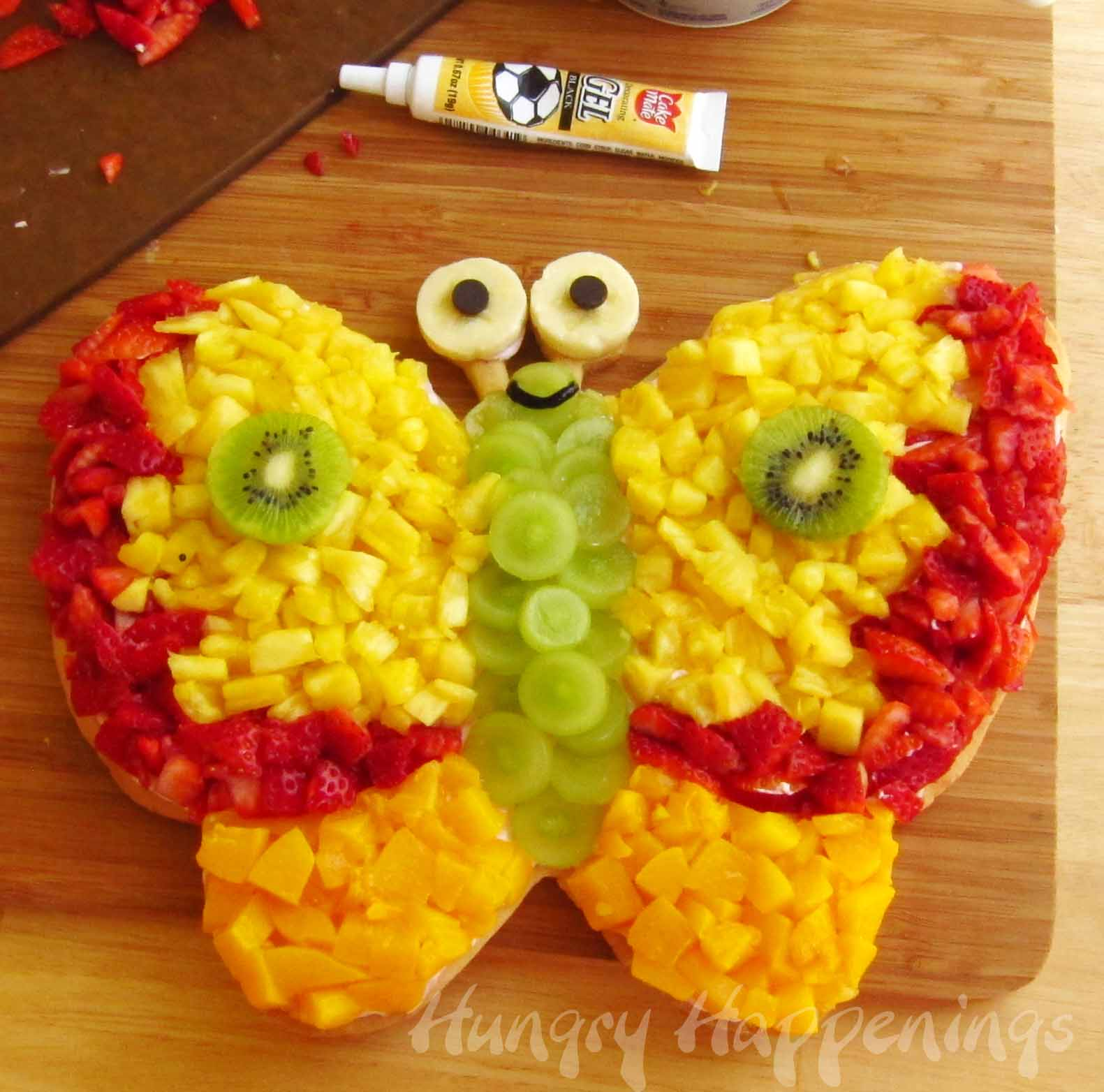 Fruit Shaped Cake Decoration : Birthday ideas for Lina on Pinterest Hello Kitty ...