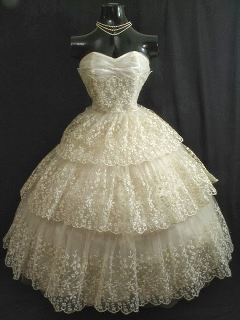 Ivory Chantilly Lace Chiffon Tulle Dress