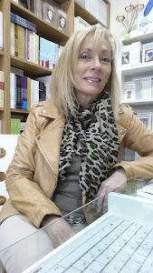 Amparo Carballo Blanco/ escritora y directora Ed. Hontanar