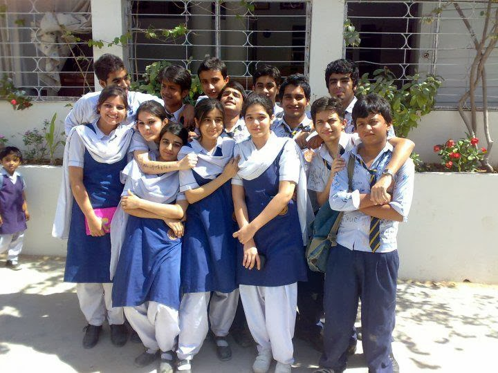 lack of interest in co curricular activities among the student For student activities  additional aep co-curricular activities for students 185  l over 35% of all reported aids cases in india occur among young people.