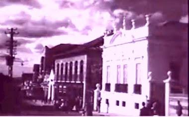 CASARAO DEMOLIDO A PRACA DOS ANDRADAS (HOJE CINE ORFEU E PALACE)