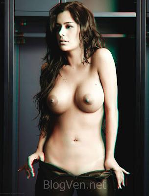 Larissa Riquelme sin ropa