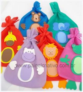 Presentes para eles Lembrancinha-dia-das-crianca-aniversario-saquinho-tnt-guloseima-10-269x300